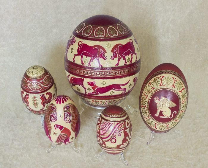 Eiergruppe Antike auf Ei